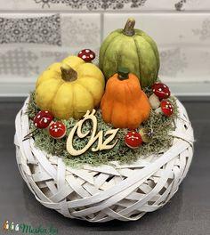 Őszi letisztultság - asztaldísz, dekoráció (AKezmuvescsodak) - Meska.hu Floral Arrangements, Thanksgiving, Pumpkin, Bikini, Entertainment, Halloween, Creative, Home Decor, Fall