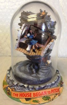 """Franklin Mint~The Wizard Of Oz~Music Box Dome """"The House Began to Pitch""""  Picked one up today 9.24.2014 for $15"""