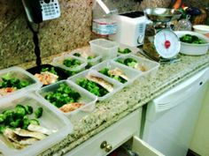 7 Step Meal Prep to Save Time: Meals clean and packed with nutrient dense lean proteins, complex carbs and healthy fats.