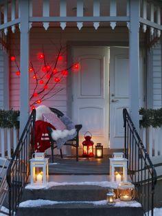 Lanterns #decor #lovely #christmas