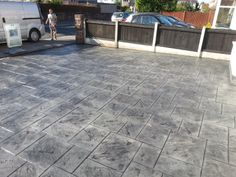 Extra large Ashler slate in platinum grey and charcoal. www.dee-print.co.uk Chester, Wirral and North Wales pattern imprinted concrete specialists.