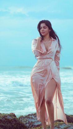 Photoshoot Images, Saree Models, Tamil Actress Photos, Telugu Cinema, Telugu Movies, Bikini Pictures, Latest Movies, Hottest Photos, Indian Beauty