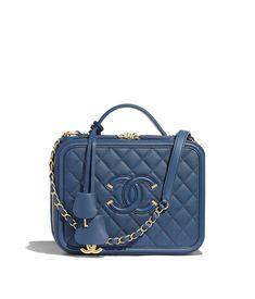 0d646f076667 34 Best Chanel Vanity Case images | Chanel vanity case, Beige tote ...