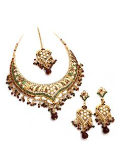 Fashion Traditional Wear Necklace Set with Austrian Diamonds and Kundans