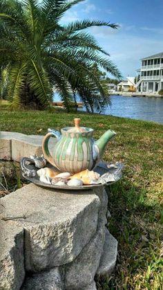 My favorite teapot by an amazing artist Brad Henry Pottery Brad Henry, Kettle, Tea Pots, Pottery, Canning, Amazing, Artist, Plants, Beautiful