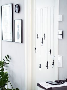 Paperikuuset oveen ja seinään