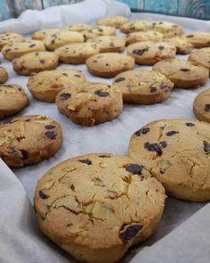 Subway Cookie Recipes, Starbucks Cookies, My Favorite Food, Favorite Recipes, Pasta Cake, Food Snapchat, Sweet Cookies, Food Words, Food Platters