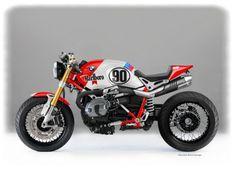 2wheelsproject: skililo: shared via BMW Motorrad España and FB † ベーエンベ。この雰囲気好きだなあ。しかも、ガストンライエが乗ってたパリダカのGSに似たカラーリングもいいね。