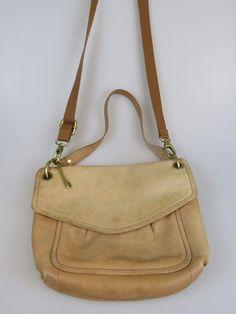 FOSSIL Tan Brown Leather Flap Shoulder Handbag Purse  #Fossil #ShoulderBag