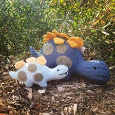 You never know what youll find when you go to exploring! Daddy Dino & Baby Dino foraging for their herbivore diets and Keith The Koala is just chillin as he is known to do.  How have you been keeping your kids entertained this school holidays?  #nanahuchystockist #dino #koala #nanahuchy