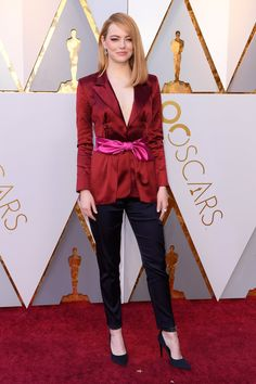 Emma Stone in Louis Vuitton attends the 90th Annual Academy Awards. #bestdressed