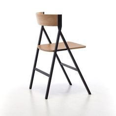 Arc Chair is a high-quality, Italian-made folding chair | Resource Furniture NYC