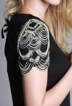 Joulik embroidery (add to one of my black dress shirts? Couture Details, Fashion Details, Diy Fashion, Ideias Fashion, Fashion Design, Tambour Embroidery, Couture Embroidery, Embroidery Fashion, Embroidery On Clothes