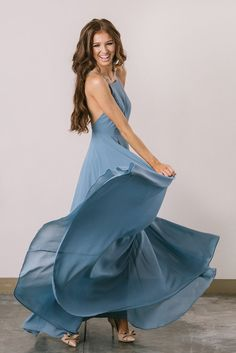 Helloooooo gorgeous! Our best selling Emma Flowy Maxi Dress now comes in a gorgeous slate grey color! The stunning flow...