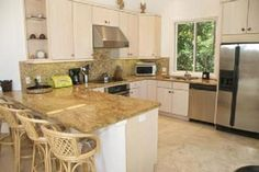Who wouldn't love to cook a fresh Florida seafood dinner in this kitchen?  #floridavacation