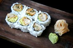 New favorite dish added from Contributing Chef Harold Moore. Kaki fry #maki from Blue Ribbon Sushi Bar & Grill. #fried #oysters #roll #butter #lettuce #kewpie #mayo #nori #sushi #rice #ginger #wasabi #japanese #seafood #lunch #dinner #NYC #chefsfeed