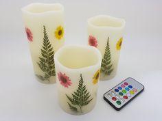 Lumânările decorative LED imită lumina plăcută a candelelor fiind perfecte pentru a crea o atmosferă deosebită la o petrecere, la o cină în familie, sau la o cină romantică. Aceste lumânări sunt ideale şi pentru a crea un mediu relaxant în centre spa. Centre Spa, Flora, Mugs, Tableware, Dinnerware, Tumblers, Tablewares, Plants, Mug