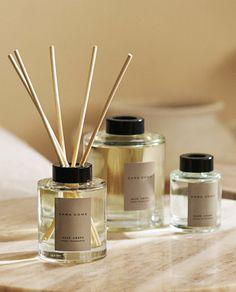 Packaging Design, Branding Design, Photo Candles, Business Inspiration, Zara Home, Candle Making, Flora, Fragrance, Epiphany