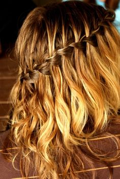 Want this for the days where I dont wanna use heat on my hair.... Looks effortless.. Scrunched hair with waterfall braid. Pretty!!