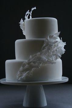 Friday Favorites: Modern Wedding Cakes Edition | Josh {&} Bek