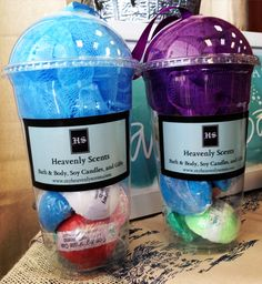 Excellent gift idea. 9 small bath bombs with loofa sponge.