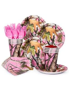 Be in the pink for your little girls birthday party Pink Camo that is with this Pink Camo party kit.Serves 8