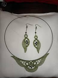 nakit iz idrijske čipke - Google zoeken Lace Necklace, Lace Jewelry, Needle Lace, Bobbin Lace, Weaving Patterns, Lace Patterns, Wire Crochet, Lacemaking, Lace Heart