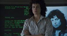 Aliens (1986). #UI #FUI James Cameron Aliens, Aliens 1986, Alien Queen, Sigourney Weaver, Badass Women, Back To The Future, School Fashion, Action Movies, Horror Movies