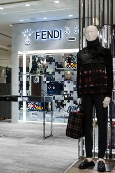 Silver and gold are the perfect match. Check out the new puzzle-inspired window installations at the Fendi Yurakucho Hankyu Men's pop up shop. Discover the latest Men's collection on Fendi.com/man