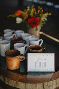 spiced cider for guests Photography by Kristyn Hogan / kristynhogan.com, Floral   Event Design by Cedarwood Weddings / cedarwoodweddings.com