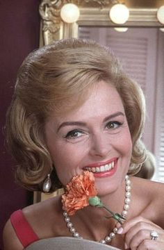 """DONNA REED ~ Born: Jan. 27, 1921 in Iowa, USA. Died: Jan 14, 1986 (aged 64) of pancreatic cancer. known for, """"It's a Wonderful Life"""" (1946), """"From Here to Eternity"""" (1953) for which she won an Oscar for Best Supporting Actress. Starred in """"The Caddy"""" (1953) & """"The Far Horizons"""" (1955). In 1958 she began """"The Donna Reed Show"""" that ran for eight years. She did get the role of 'Ellie Ewing Farlow' in the TV series """"Dallas"""" (1978) during the 1984-85 season. It was to be her final public…"""