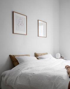 Home Decoration Ideas Living Room .Home Decoration Ideas Living Room Minimalist Bedroom, Minimalist Home, Home Decor Bedroom, Bedroom Furniture, Bedroom Signs, Bedroom Art, Master Bedrooms, Bedroom Ideas, Bright Homes