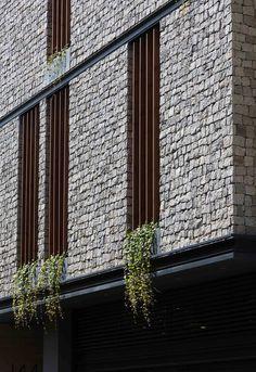 Gallery of 144 House Apartment / Ali Sodagaran + Nazanin Kazerounian - 1