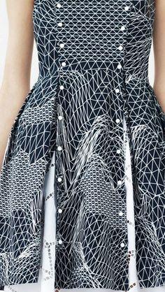 I kindof love this nurbs dress... RESORT 2014 Christopher Kane.