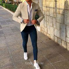 Buy stylish men`s accessories online Street Style Outfits Men, Hipster Outfits, Casual Outfits, Sport Chic, Business Casual Men, Men Casual, Denim Jacket Men, Men's Denim, Men Shorts