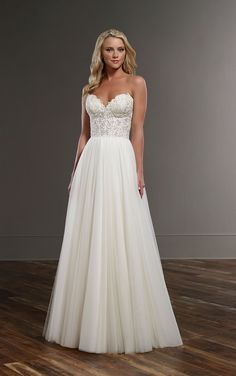 Previous Next Flowing Wedding Dress Separates Gentle, flowing romance with an Indian. This combination of Martina Liana includes the sexy wedding corset Celia and the scout skirt. Flowing Wedding Dresses, Wedding Dress Separates, Perfect Wedding Dress, Dream Wedding Dresses, Bridal Dresses, Bridesmaid Dresses, Wedding Seperates, A Line Wedding Dress Sweetheart, Sweetheart Bridal