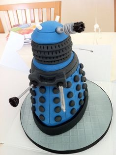 Dalek - Doctor Who | 27 Delectable Geeky Cakes Almost Too Pretty To Eat