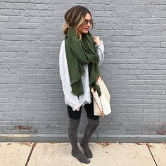 Here is Casual Winter Outfits for you. Casual Winter Outfits just casual look damen outfit komplettes winter outfit. Winter Outfits For Teen Girls, Stylish Winter Outfits, Fall Winter Outfits, Autumn Winter Fashion, Casual Outfits, Casual Winter, Dress Winter, Winter Boots, Summer Outfits