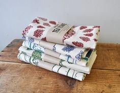 Large Tea Towel Pinecones screen print kitchen towel Flour Sack Towels, Tea Towels, Vermont, Towel Rod, Presents For Teachers, New Homeowner, Grandparent Gifts, Craft Sale, New Toys