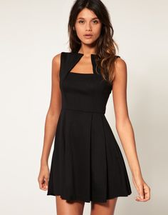 love!!!!!!! I just might wear this to an upcoming wedding, if u can find it!!!
