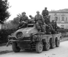 Kfz 231 8 wheeled German armoured car series of reconnaissance and screening vehicles. Mg 34, Armored Vehicles, Armored Car, Germany Ww2, Ww2 Photos, Cars Series, Armored Fighting Vehicle, Military Pictures, Ww2 Tanks