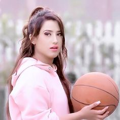 i just want your love no other boy i want your promise i should be your first priority by yourself mera bol sa nai or tu college jaka change mat hono samja na Cute Girl Poses, Cute Girl Photo, Cute Girls, Stylish Girls Photos, Stylish Girl Pic, Girl Pictures, Girl Photos, Stylish Photo Pose, Indian Tv Actress