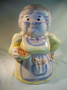 Collectible Treasure Craft Granny Cookie Jar Yellow Dress Variation 13.5 Tall