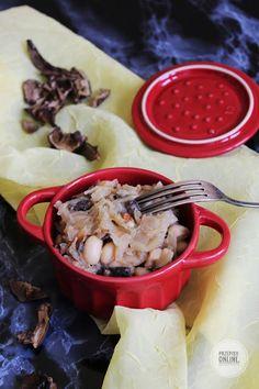 Fasola z kapustą, ziemniakami i grzybami
