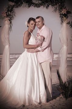 Lora Lynne's Weddings, Photography Wedding Bride, Our Wedding, Wedding Dresses, Grooms, Brides, Weddings, Photography, Fashion, Bride Gowns