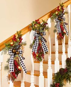 27 Festive Christmas Staircase Decor Ideas : Page 16 of 27 : Creative Vision Design Christmas Staircase Decor, Christmas Door, Blue Christmas, Christmas Balls, Christmas Tree Ornaments, Christmas Time, Christmas Wreaths, Christmas Crafts, Christmas Ideas