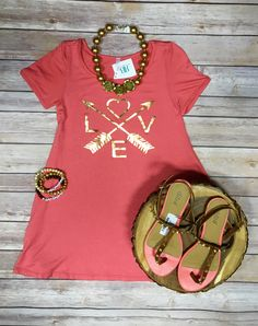 How cute is this?! Can't get enough of these kids boutique clothing!   Girls Love Dress $25 Gold Necklace $10 Girls Sandals size 3 $5 Bracelets $5 each  Comment below with PayPal to purchase and ship or comment with size for 24 hour hold  #repurposeboutique#hipandtrendy#shoprepurpose#boutiquelove#summeressentials#summerready#kidsboutique