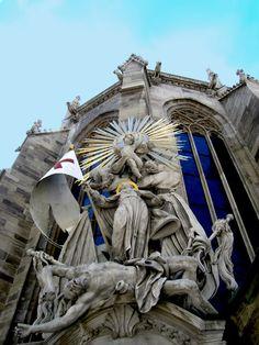 Stephansdom / Vienna Chor, Kirchen, Cathedral, Lion Sculpture, Journey, Statue, Art, Romanesque, Kunst