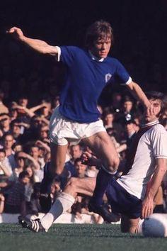 David Nish Leicester City 1971 Leicester City Football, 1970s, Kicks, Soccer, England, Clock, David, Stars, Watch