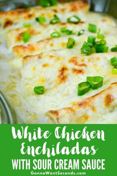 Amazing white chicken enchiladas with homemade sour cream white sauce–No Soup. It is easy to make super creamy and cheesy to boot, Mexican food! White Chicken Enchiladas - Amazing White Chicken Enchiladas with Homemade Sour Cream White Sauce White Sauce Enchiladas, White Chicken Enchiladas, Rotisserie Chicken Enchiladas, Skinny Enchiladas, Cream Cheese Enchiladas, Shrimp Enchiladas, Healthy Chicken Enchiladas, Gastronomia, Gourmet